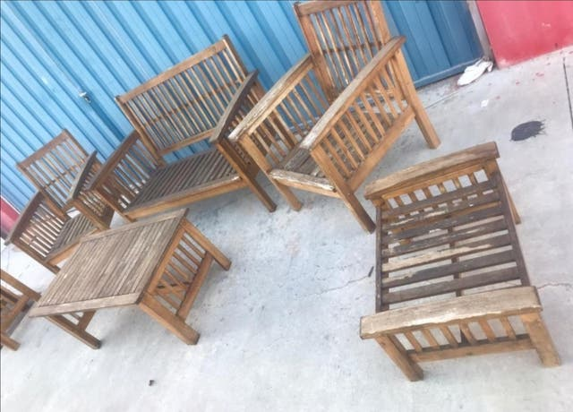 mobiliario de exterior de madera de pino