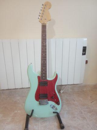 Fender stratocaster HH montada por piezas