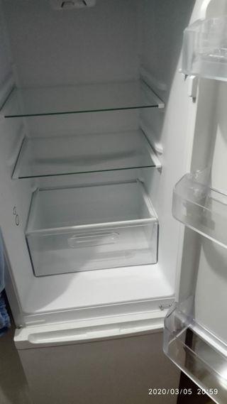 frigorífico svan 148x 48x56
