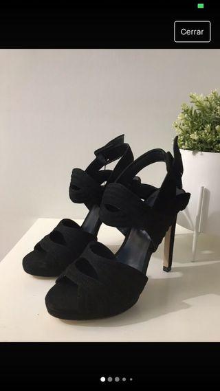 Sandalias de piel de Zara nuevas