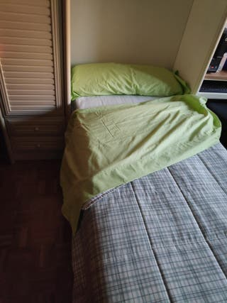 cama abatible, incluido colchón, junto con armario
