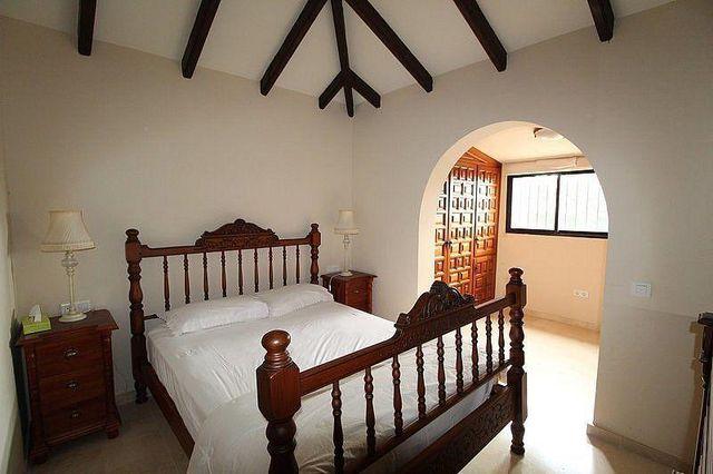Villa en venta en Río Real en Marbella (Marbella, Málaga)