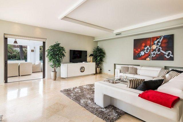 Villa en venta en Casco Antiguo en Marbella (Marbella, Málaga)