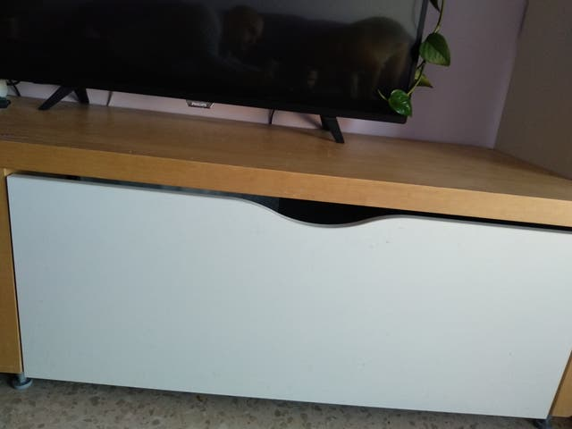 Mueble con cajones almacenaje para TV 200x56x46