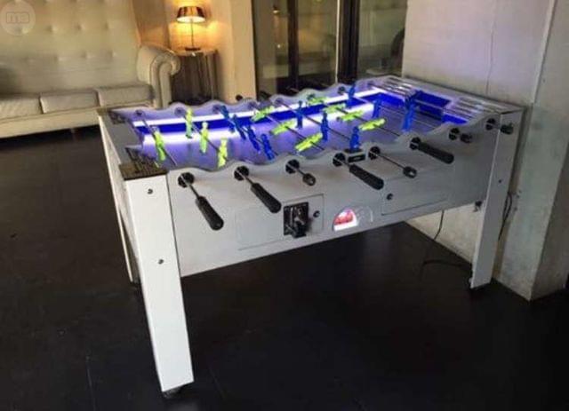 Instalacion tragaperras, futbolin, billar, diana
