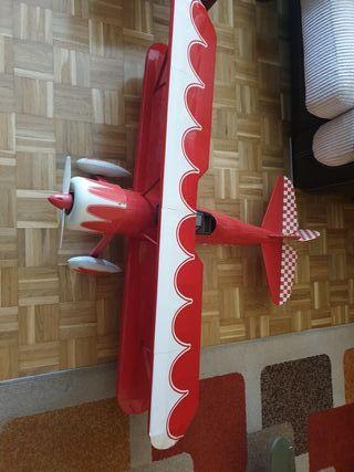 Avion teledirigido gasolina