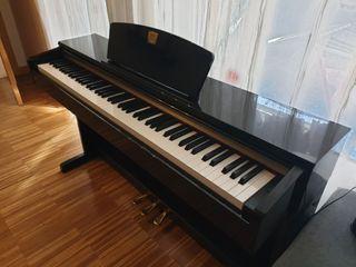 PIANO YAMAHA CLAVINOVA CLP-320
