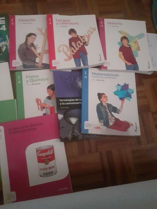 Libros 4 ESO Prácticamente nuevos baratisimos