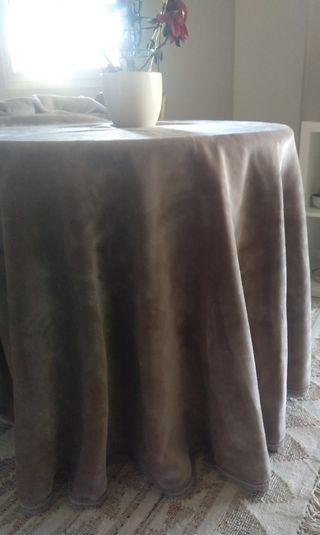 Falda mesa camilla .