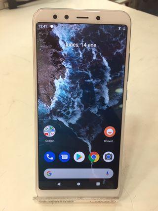 Móvil Xiaomi MI A2 4GB 64GB Azul con Blanco