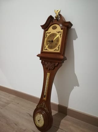 Reloj de pared, termómetro e higrómetro