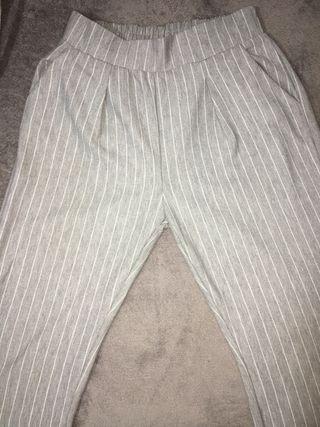 Pantalón ancho.