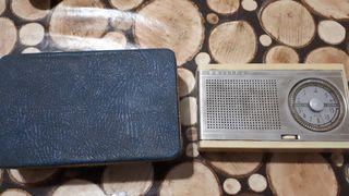 Antigua radio philips mod seven.
