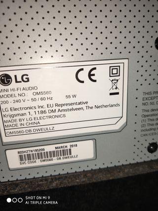 TV LG SMART. 40 PULG. Y ALTAVOS LG. MIXER.