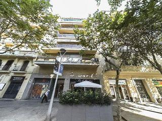 Local comercial en venta en La Nova Esquerra de l'Eixample en Barcelona