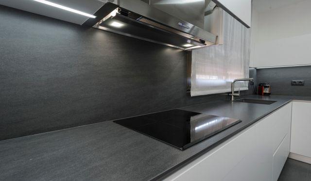 Retirada e instalación de campanas de cocina