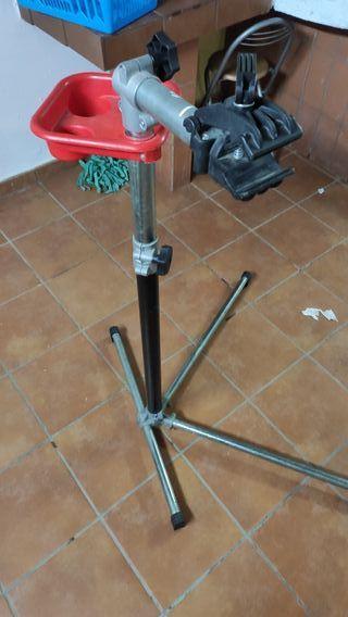 Caballete para bicicleta de reparación