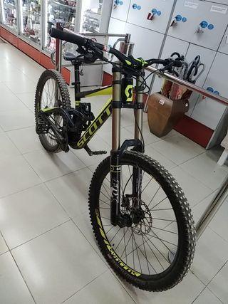 Bici Scott Gambler 720