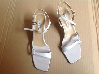 Zapato, sandalias