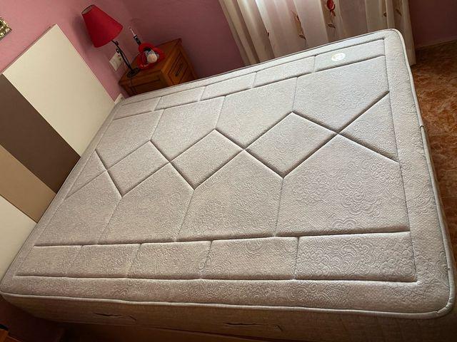Se vende colchón viscoelástica de 150x190