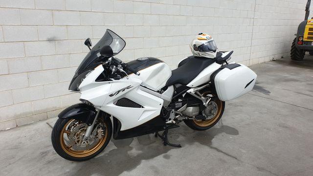 Honda VFR 800 VTEC 2007
