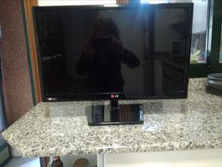 televisor LG 24 pulgadas.