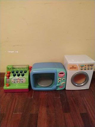 Lavadora, microondas y caja registradora