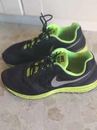 Zapatillas Nike Vomero 8