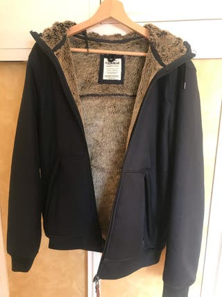 Chaqueta hombre pull and bear