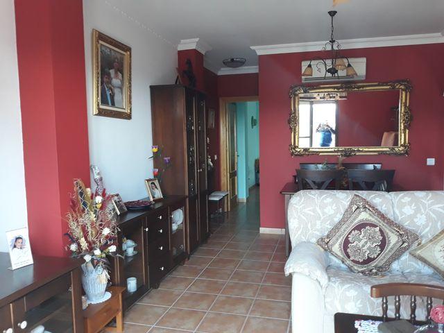 soleado piso en el centro (Frigiliana, Málaga)