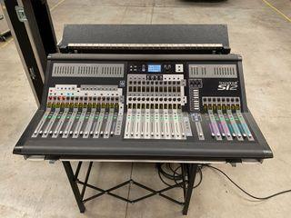 Mesa de mezclas SOUNDCRAFT Si2