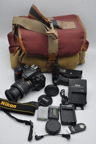 Nikon D5500 24MP obj 18-55 DX VR+grip, 17600 fotos