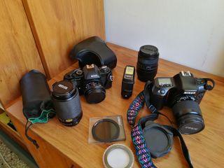 Cámara Nikon AF70 y objetivos