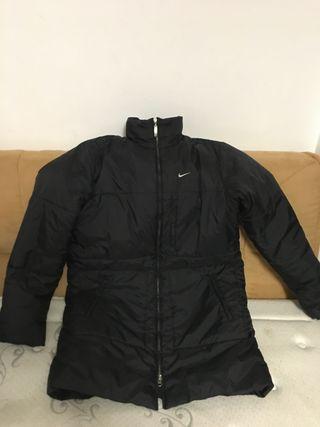 Abrigo Negro Nike