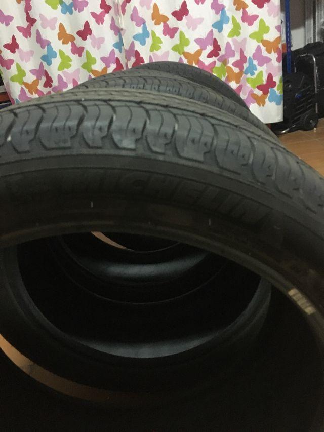 Neumáticos verano sin uso 2000 km