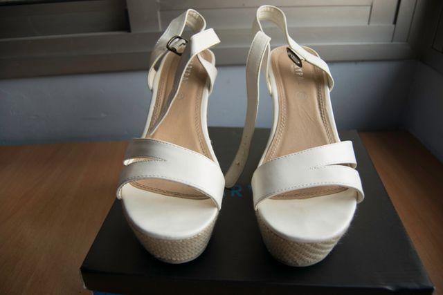 Tacones de plataforma (pie: 41) Color blanco