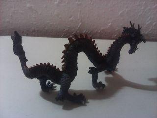 figura dragon chino