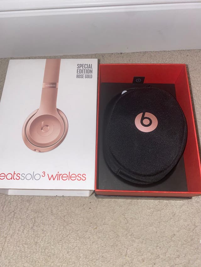 Beats limited edition rose gold