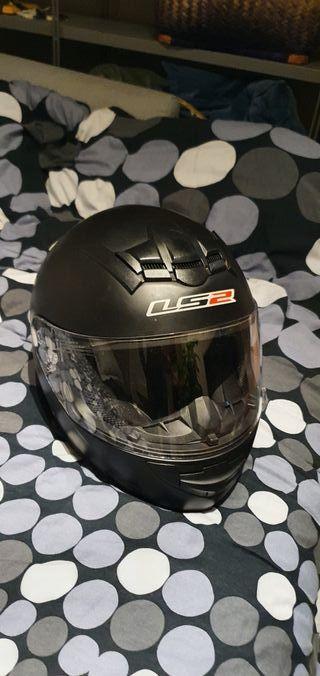 Casco Moto LS2 con funda. Poco uso