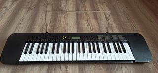 Piano Casio Ctk-240