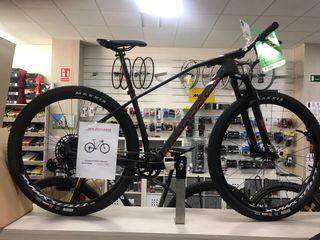 Bicicleta de carbono de alto módulo talla M