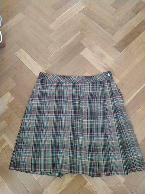 Falda uniforme Gredos
