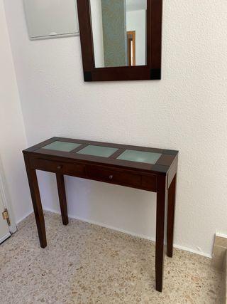 Mesa y espejo entradita madera