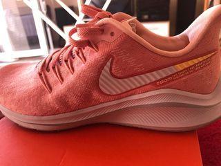 Deportivos de Mujer Nike Wmns Air Vomero 14
