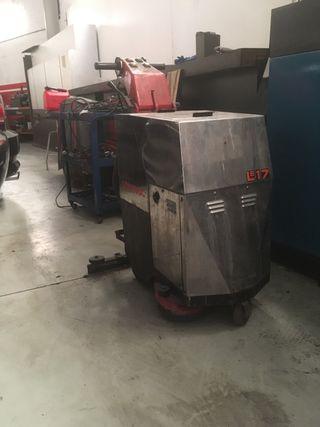 Fregadora industrial suelo comac