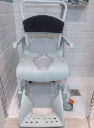 Silla de Ducha y WC Etac Clean