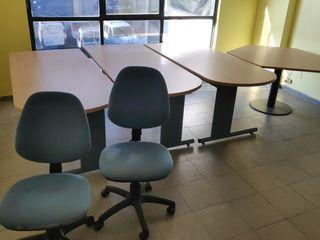 Mesas y sillas de oficina