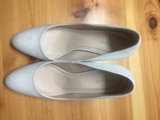 Zapato color blanco con tacón talla 42