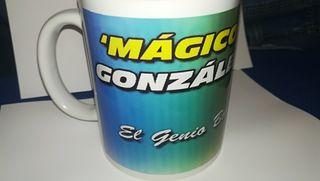 TAZA DE MÁGICO GONZÁLEZ