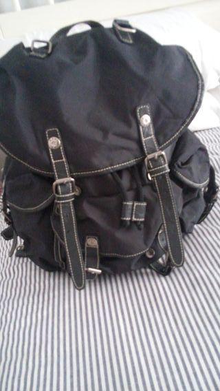 mochila misako nueva negra
